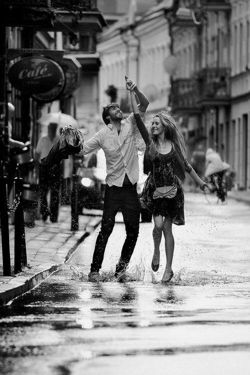 Mai dansezi în ploaie?