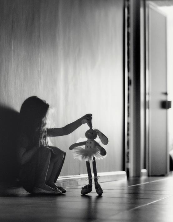 Povestea Iepurelui fără oglindă